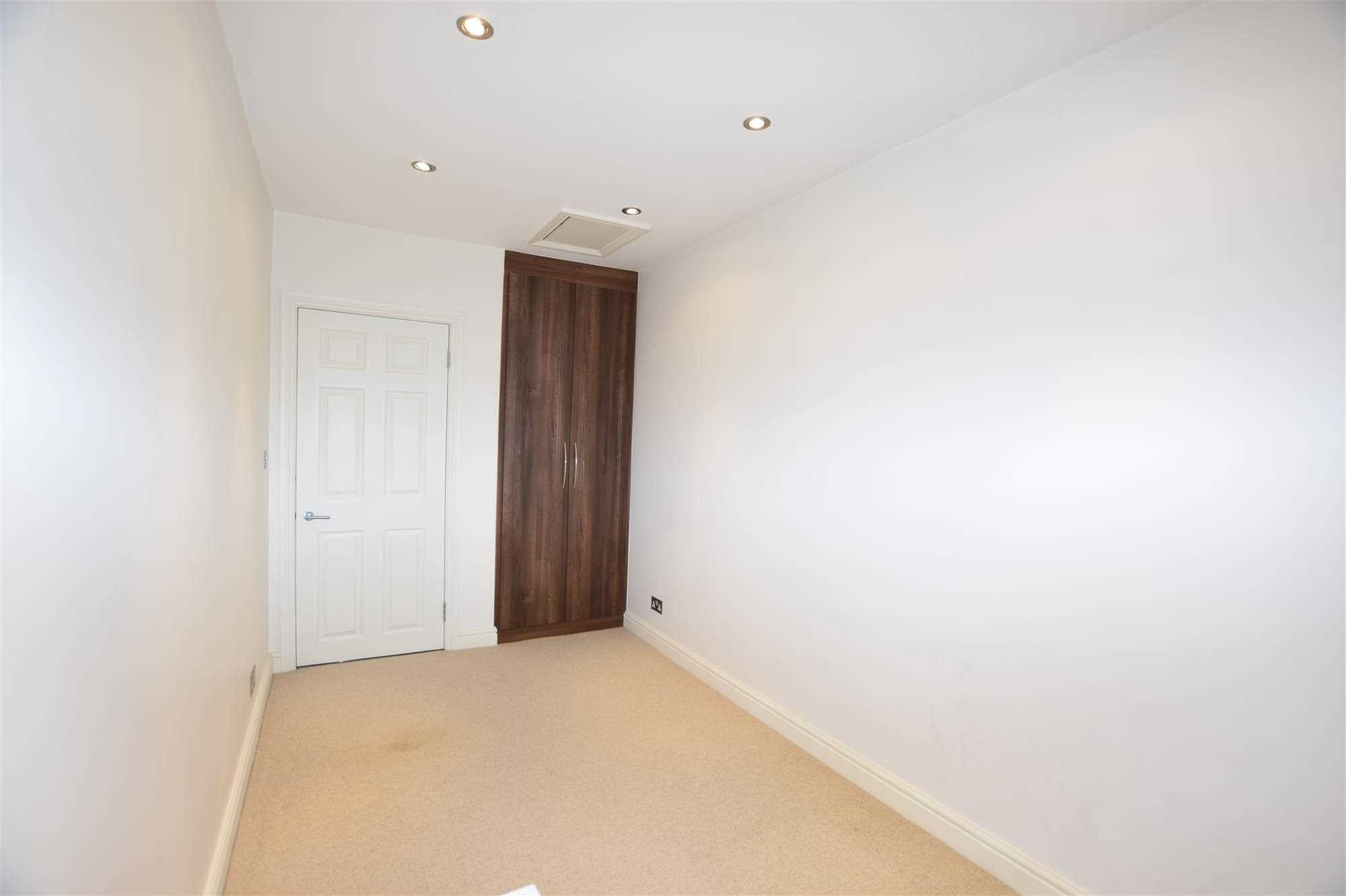 Kenilworth Drive - Picture 10